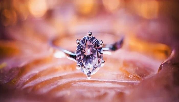Encuentra los mejores diamantes en Nacho Luna